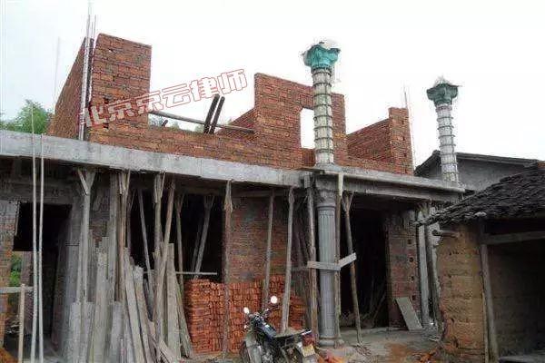 农村旧房改造被认定违章建筑要拆迁 拆迁律师告诉您应该这样做