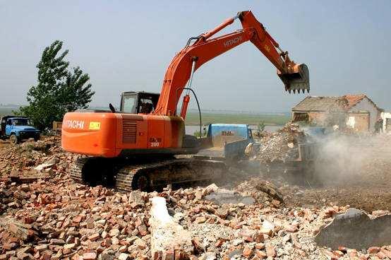 房屋拆迁过程中 政府有单方面解除拆迁补偿协议的权利吗?